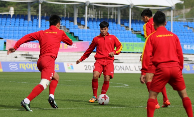 U20 Viet Nam tap tha long anh 2