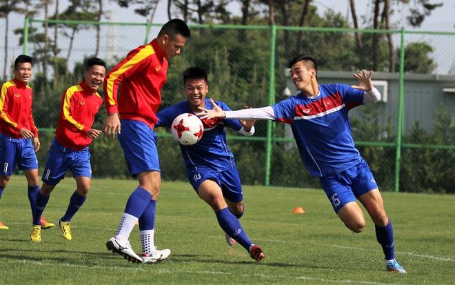 Thanh Hau chay dua voi thoi gian truoc gio chot danh sach du World Cup hinh anh 5