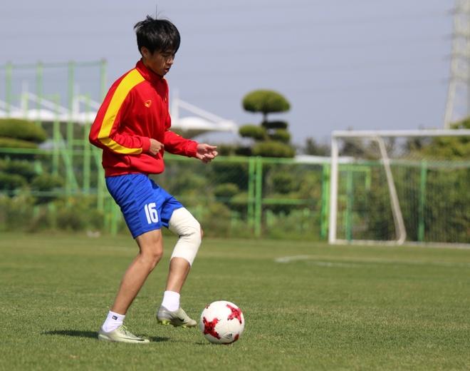 Thanh Hau chay dua voi thoi gian truoc gio chot danh sach du World Cup hinh anh 3
