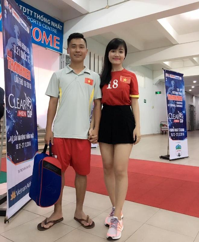 Ban gai tien ve U20 Viet Nam gui qua dac biet sang Han Quoc hinh anh 6