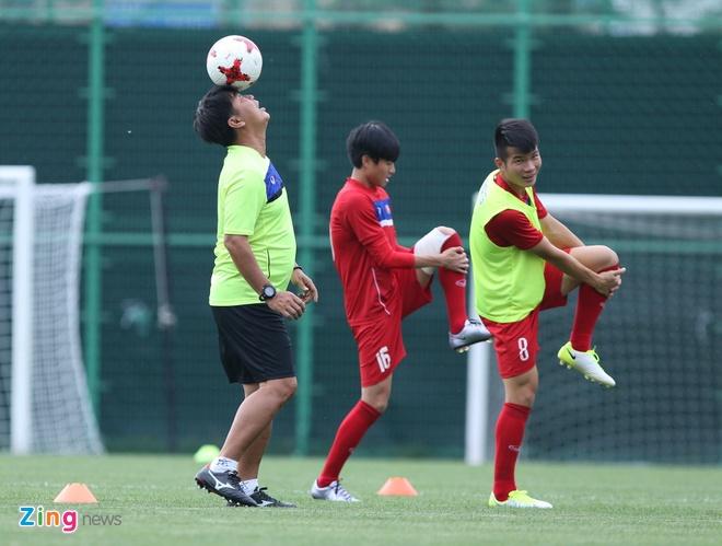 HLV Hoang Anh Tuan tin dung Thanh Hau o tran gap U20 Phap hinh anh 7