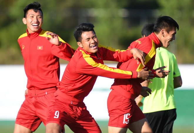 Buoi tap day tu tin cua U20 Viet Nam truoc tran gap Honduras hinh anh