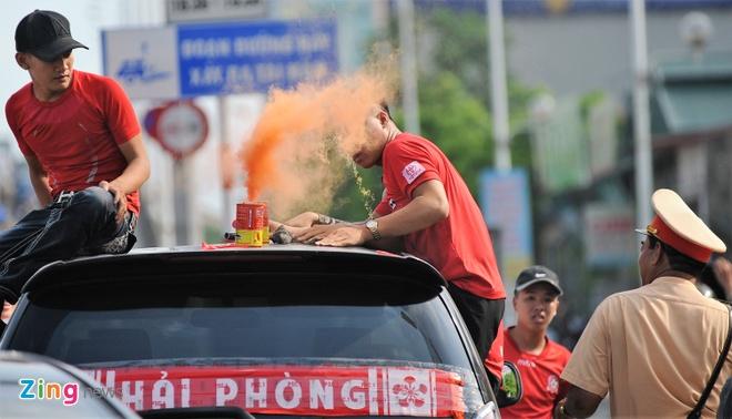 CDV Hai Phong tuan thu CSGT, chia doi nga tien ve My Dinh hinh anh 4