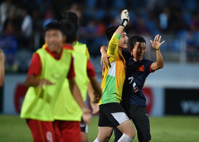 U15 Thai Lan guc nga nhin U15 Viet Nam len ngoi vo dich AFF hinh anh 1