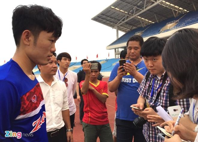 Phong vien Han Quoc 'san don' Xuan Truong hinh anh 1