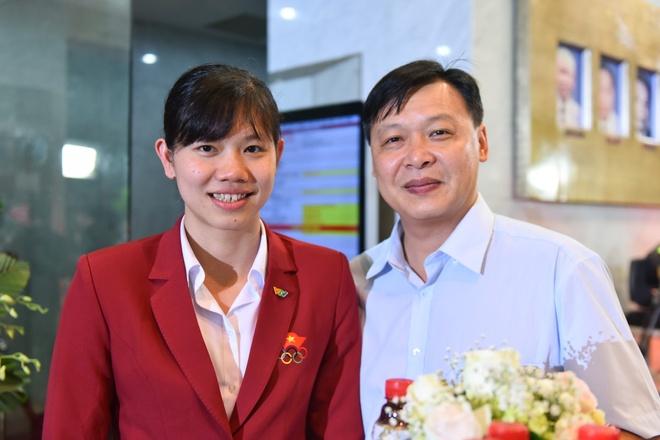 Anh Vien nhan giai Nhan vat an tuong cua nam tai VTV Awards hinh anh