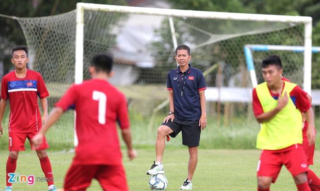 U18 Viet Nam tap sut penalty, chuan bi cho ban ket hinh anh 2