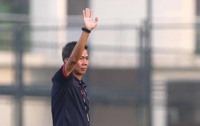U19 Viet Nam co tro ly thu mon tung huan luyen doi tre Arsenal hinh anh