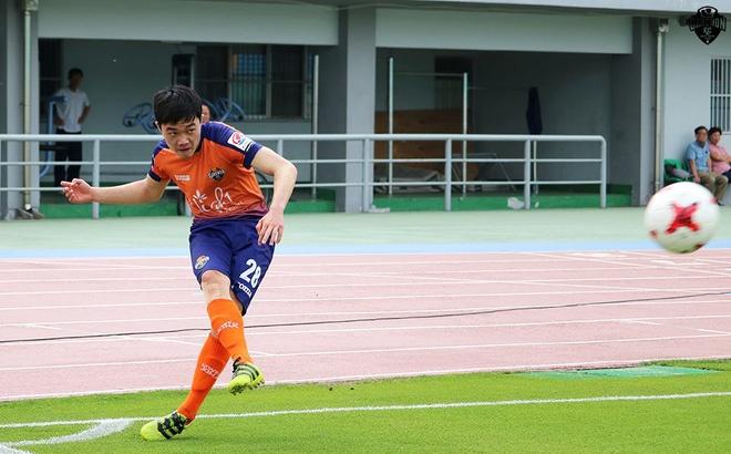 Xuan Truong da chinh, Gangwon FC thua dam o R.League hinh anh
