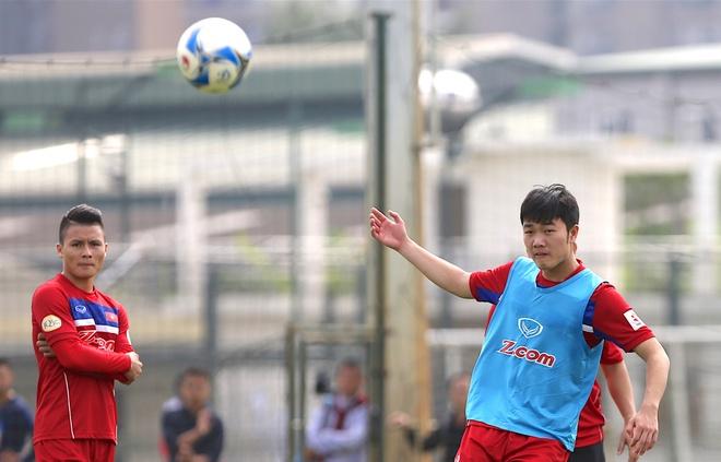 Minh Vuong noi ve uu diem cua Xuan Truong duoi thoi HLV Park Hang-seo hinh anh
