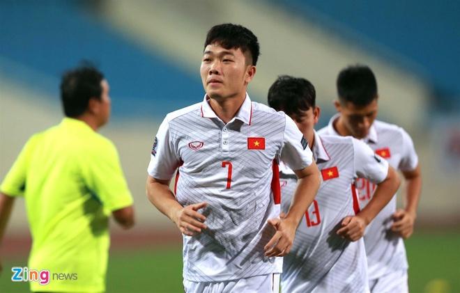 HLV Park Hang-seo cang thang o buoi tap truoc tran gap Afghanistan hinh anh 1
