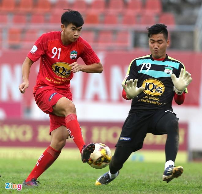 Tuan Anh tap sung suc truoc tran CLB Hai Phong vs HAGL hinh anh 3
