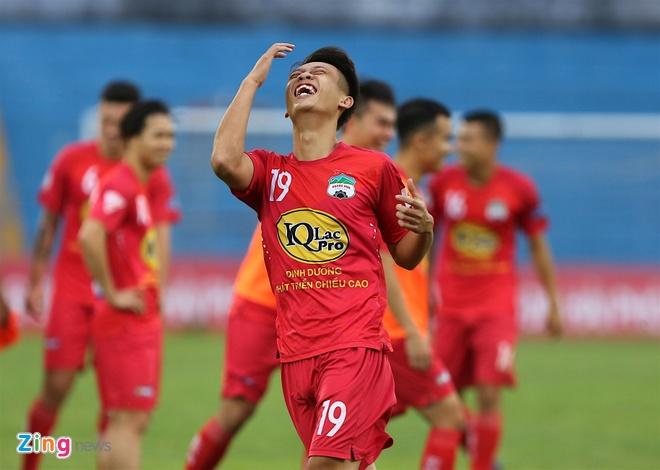 Tuan Anh tap sung suc truoc tran CLB Hai Phong vs HAGL hinh anh 7