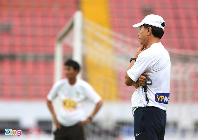 Tuan Anh tap sung suc truoc tran CLB Hai Phong vs HAGL hinh anh 8
