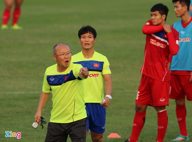HLV Huu Thang phan tich giao an cua ong Park Hang-seo hinh anh 10
