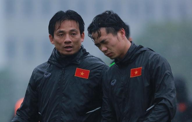 Cong Phuong kip binh phuc du VCK chau A 2018 hinh anh