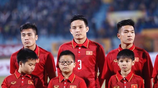 HLV Park Hang-seo loai Hoang Van Khanh, Phi Minh Long hinh anh
