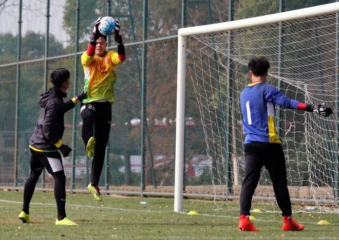 HLV Park Hang-seo nghiem khac voi U23 Viet Nam hinh anh 8