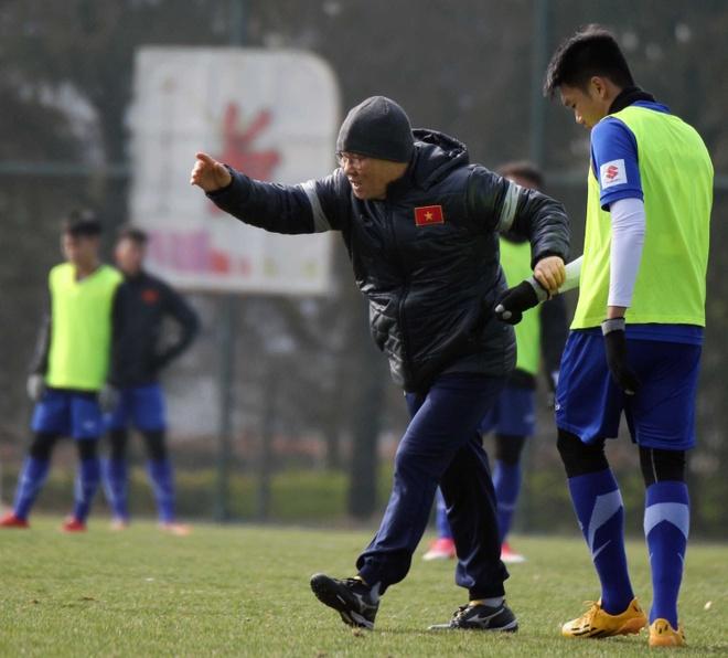 HLV Park Hang-seo nghiem khac voi U23 Viet Nam hinh anh 4