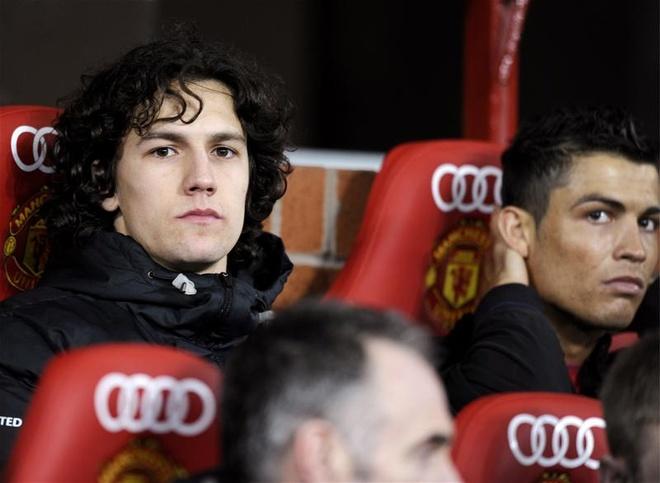 Cong Vinh chieu mo cuu tien ve Manchester United hinh anh
