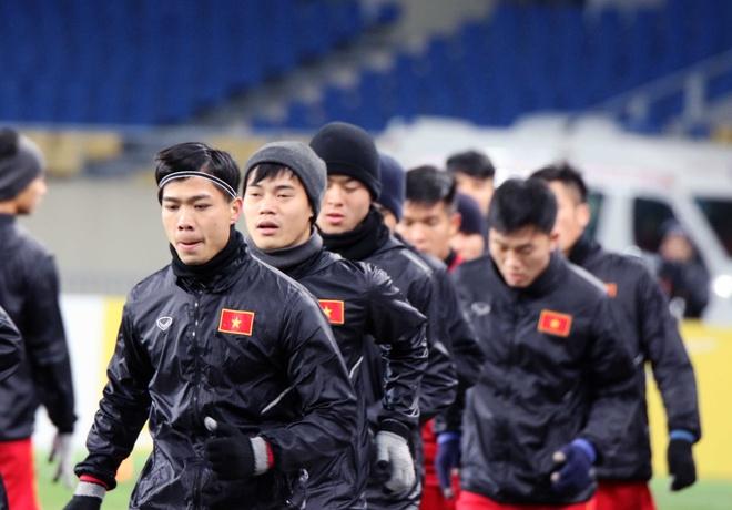 U23 Viet Nam tap lam quen san chinh truoc tran gap U23 Han Quoc hinh anh 3