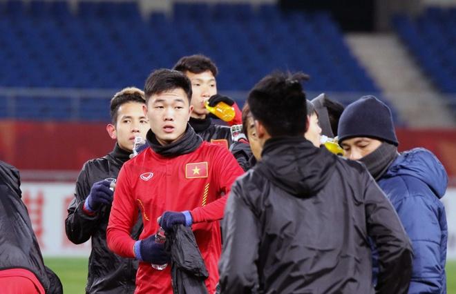 U23 Viet Nam tap lam quen san chinh truoc tran gap U23 Han Quoc hinh anh 7
