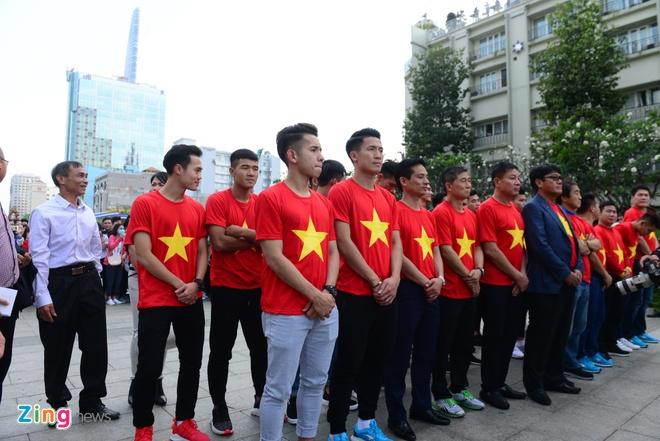 U23 Viet Nam lam tu thien, anh 1