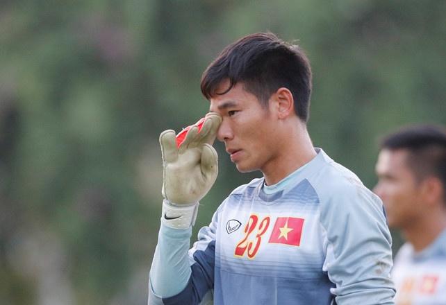 Nguyen Manh bi gay tay, SLNA thang 2-0 o AFC Cup 2018 hinh anh