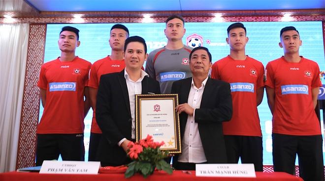 CLB Hai Phong don nha tai tro moi truoc them V.League 2018 hinh anh