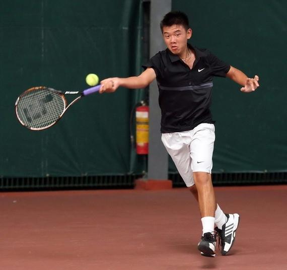 Ly Hoang Nam bi loai som o Roland Garros tre hinh anh