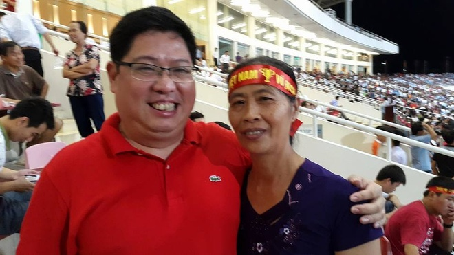 Cong Phuong tang sieu pham cho anh trai qua co hinh anh 2