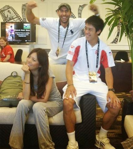 Bong hong giup Nishikori viet co tich o US Open hinh anh 2