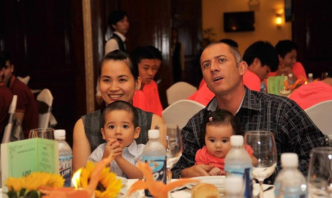 Chuyen tinh yeu 'di qua da day' cua ong thay doi U19 VN hinh anh 2