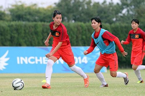 Tuyển nữ Việt Nam sẽ vào cuộc với tinh thần thoải mái trước nhà đương kim vô địch thế giới Nhật Bản. Ảnh: N.K/Tuổi trẻ.