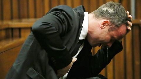 Oscar Pistorius: Bi kich tinh yeu cua ca dan toc Nam Phi hinh anh