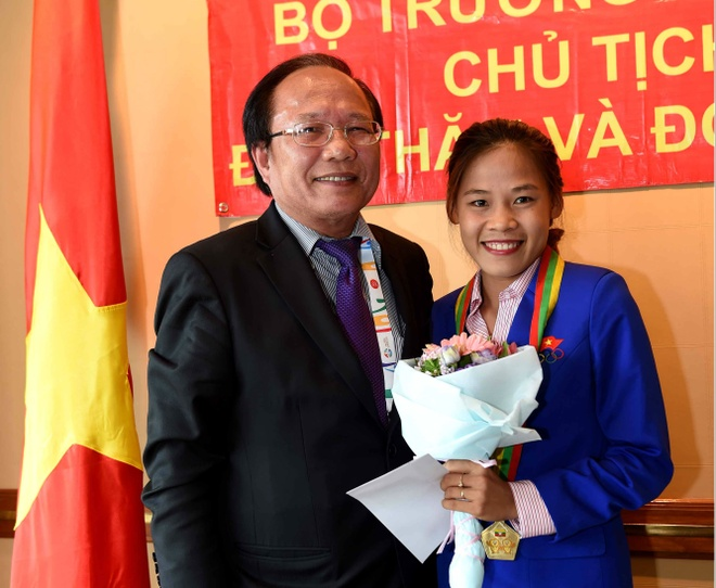 Thanh Phuc nhan lai HCV SEA Games sau 18 thang hinh anh