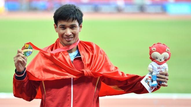 Nguyen Van Lai tang ky luc SEA Games cho con trai hinh anh