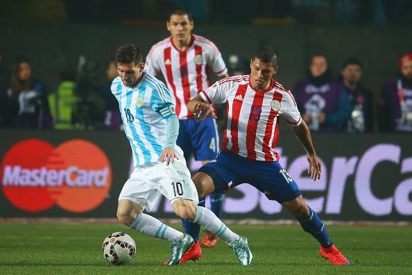 Argentina 6-1 Paraguay: Messi khong ghi ban van la so 1 hinh anh