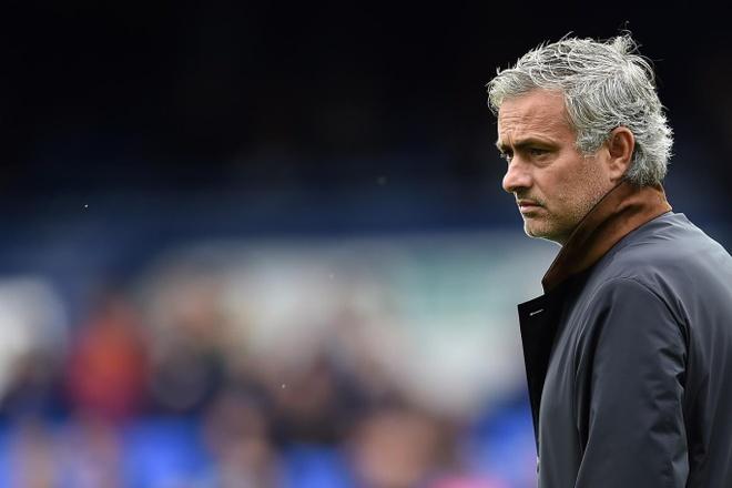 Dieu gi dang cho doi Mourinho? hinh anh