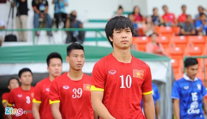 Cong Phuong nghi tap trong buoi U23 VN lam quen san hinh anh 1