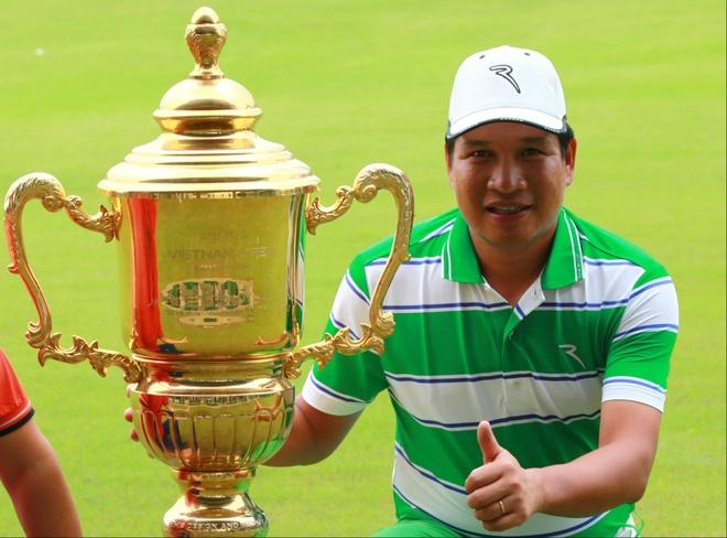Golfer Kieu Huu Hoan gianh cup tri gia 350 trieu dong hinh anh