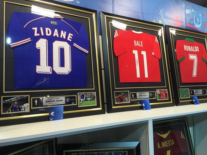 Ronaldo, Bale chao thua Zidane o Euro 2016 hinh anh 1