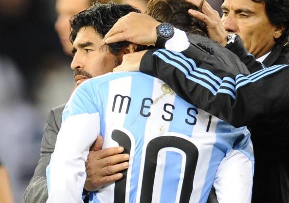 Ban linh cua Maradona la thu Messi con thieu hinh anh 2