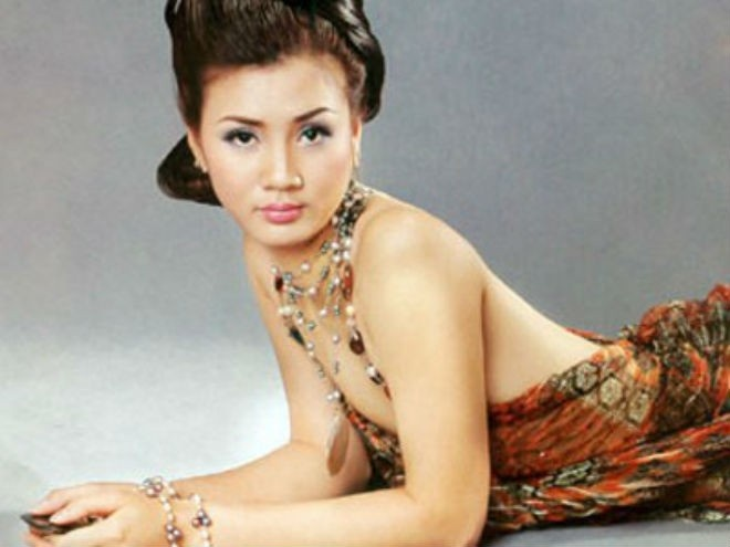 Hoa khoi bong chuyen Pham Kim Hue tro lai VTV Cup hinh anh