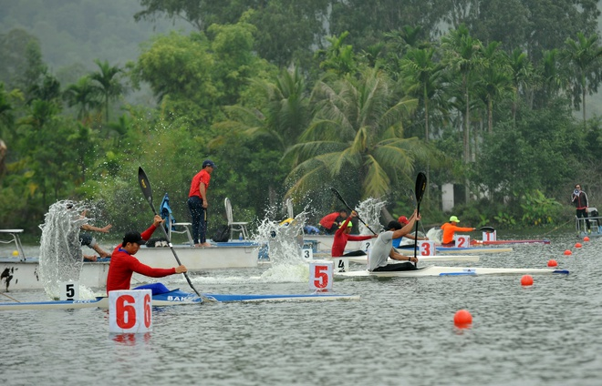 Vinh Phuc dan dau giai VDQG canoeing 2016 anh 6
