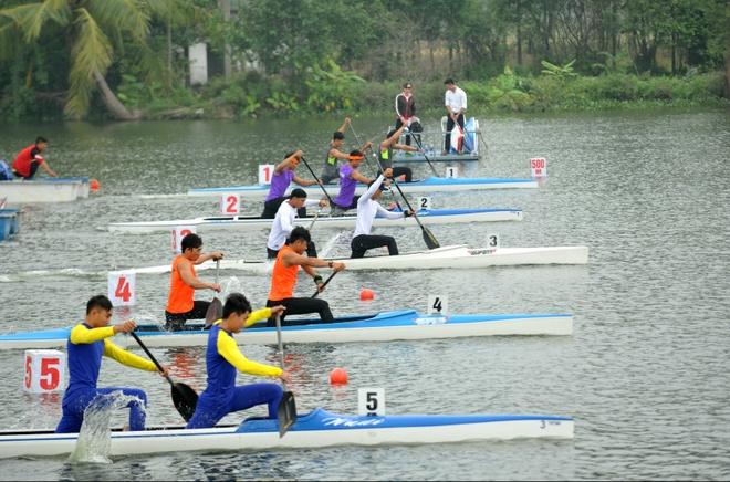 Vinh Phuc dan dau giai VDQG canoeing 2016 anh 8