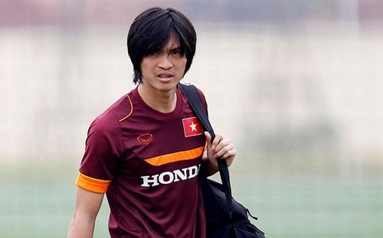 DTVN o AFF Cup 2016: 'Khong Tuan Anh, khong van de' hinh anh