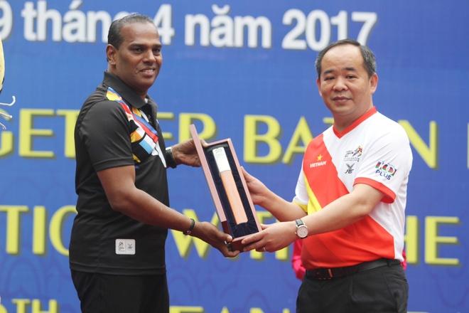 Hoang Xuan Vinh chay huong ung SEA Games 29 hinh anh 1