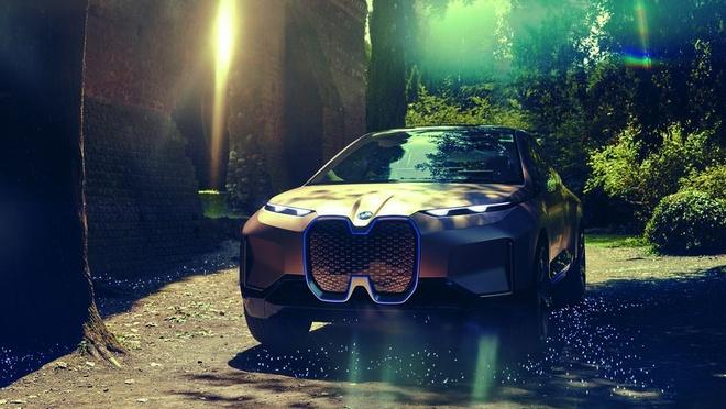 BMW cho lai thu concept Vision iNext tai CES 2019 bang VR hinh anh 1