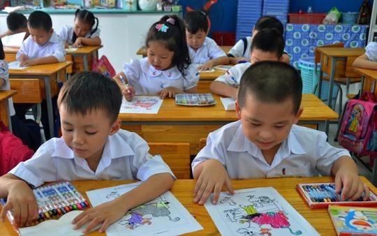 Chuong trinh pho thong moi: Trien khai nong voi? hinh anh